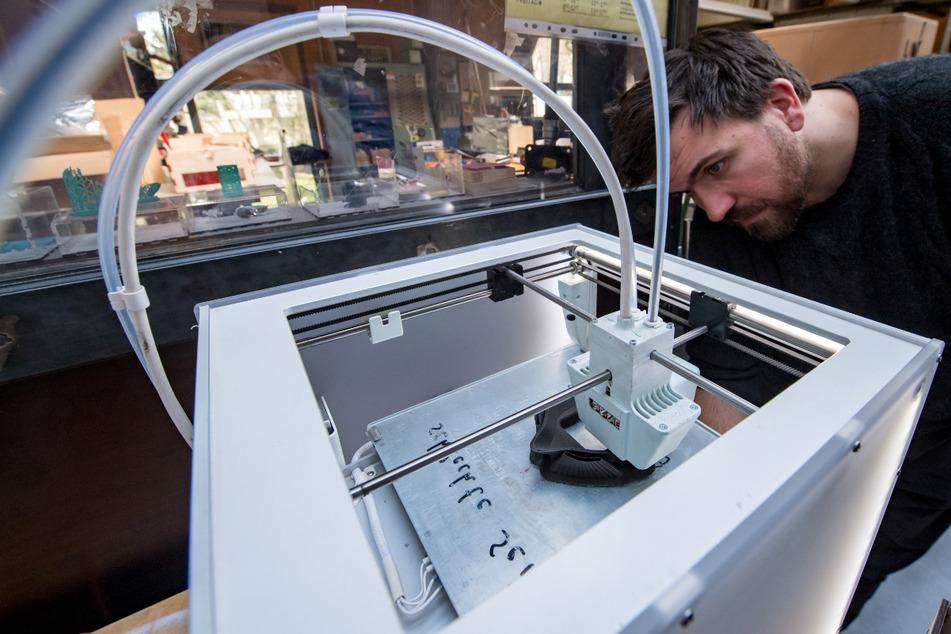 Mundschutz könnte schon bald aus dem 3D-Drucker kommen.