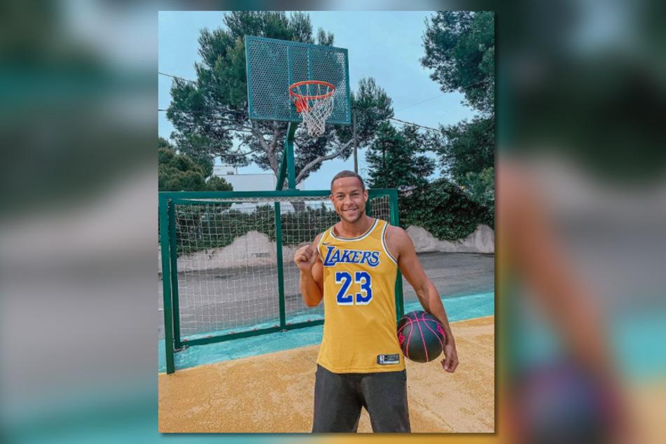 Der begnadete Basketball-Spieler Andrej Mangold (34) erzählt seinen Followern vieles – auch, wenn er einen DNA-Test machen lässt.