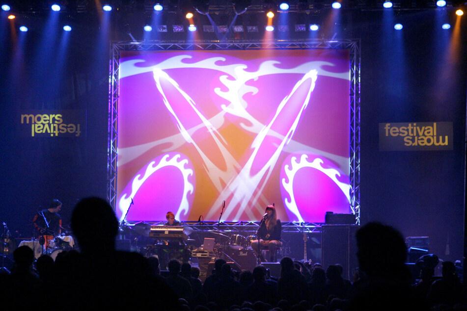 Alle Konzerte des Moers Festivals sind aber im arte Concert Live-Stream zu erleben. Und WDR3 überträgt wie gewohnt am Samstagabend (22. Mai).