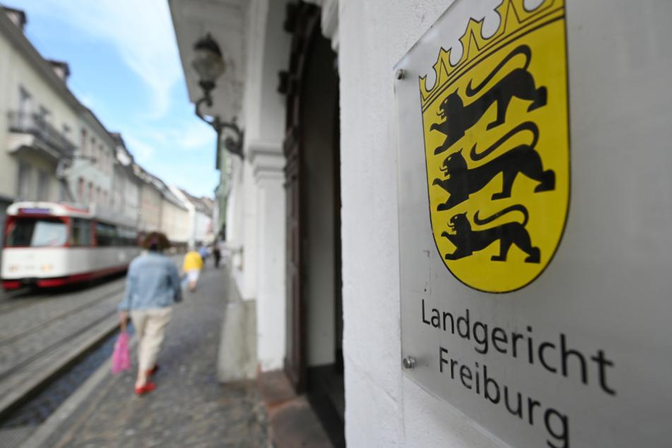 Gefahr für die Allgemeinheit: Ex-Fußballtrainer soll nach 21-fachem Missbrauch in Verwahrung