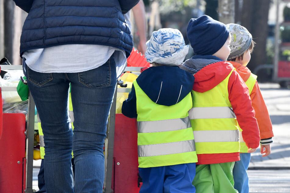 Bayernweit ist derzeit wegen der Corona-Pandemie nur eine einzige Kindertagesstätte komplett geschlossen. (Symbolbild)