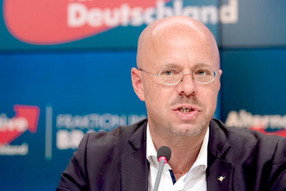 Bisheriger AfD-Landes-Chef Kalbitz klagt gegen Rausschmiss!