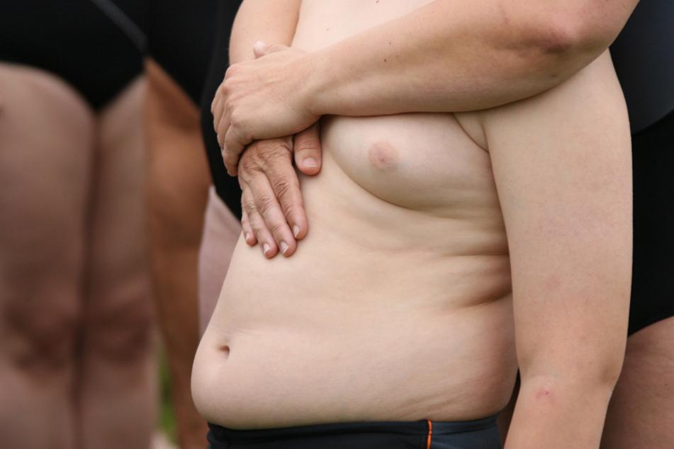An der Uni-Klinik München wurde eine beunruhigende Feststellung bei der Gewichtszunahme von Kindern beobachtet. (Symbolbild)
