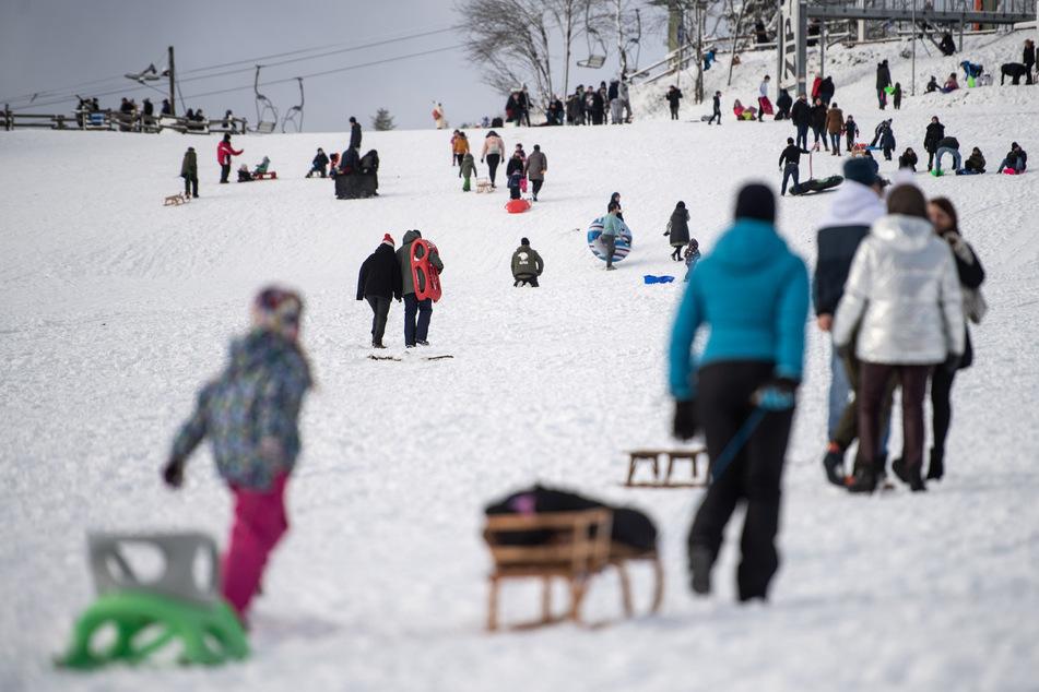 Viele Wintersportgebiete bittet wegen der Corona-Pandemie auf Besuche zu verzichten.
