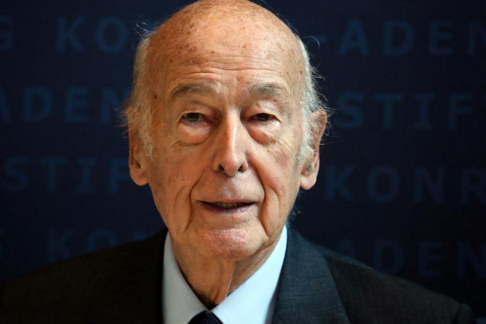 Der frühere französische Staatspräsident Valery Giscard d'Estaing († 94).