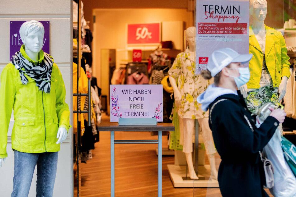 Ab Mittwoch ist für jeden Berliner ein negativer Corona-Test Voraussetzung, um in Geschäften Einkaufen gehen zu können, abgesehen von Supermärkten, Apotheken oder Drogerien. (Symbolfoto)