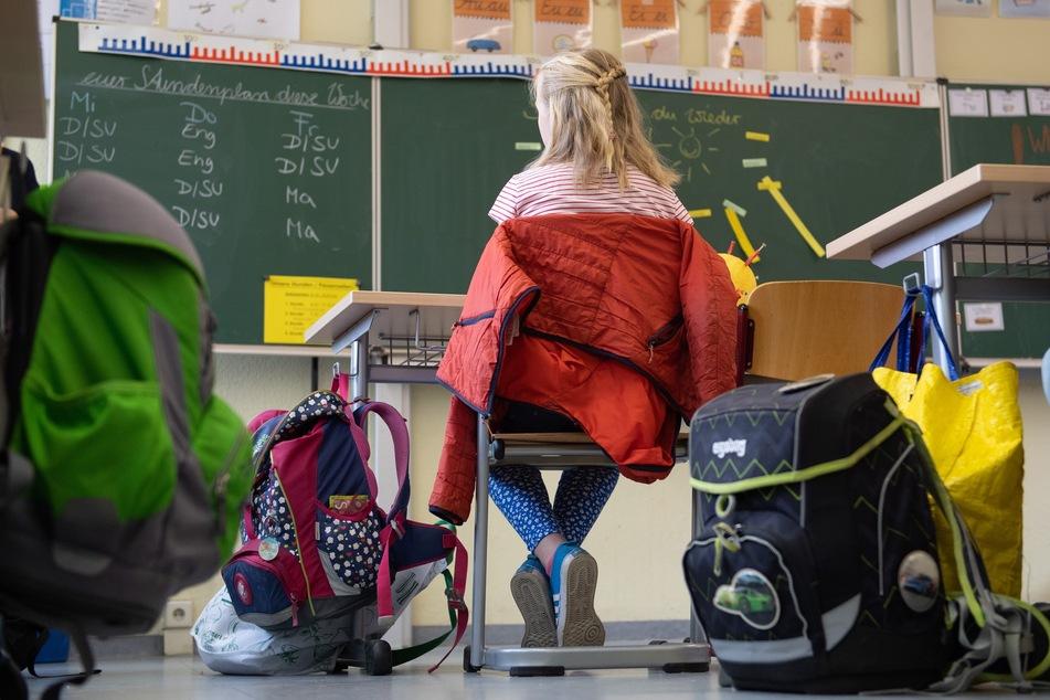 Erneut eine Schülerin mit Desinfektionsmittel in der Flasche vergiftet?