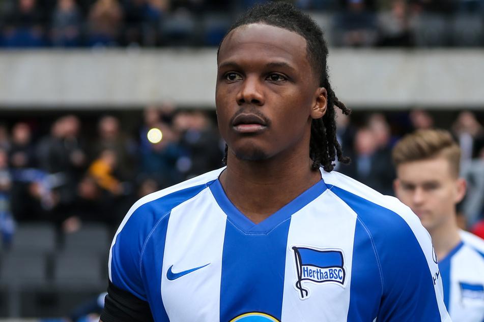 Kapitän Dedryck Boyata (30) wird womöglich auch in Zukunft das Hertha-Trikot tragen. Er will in Berlin bleiben.
