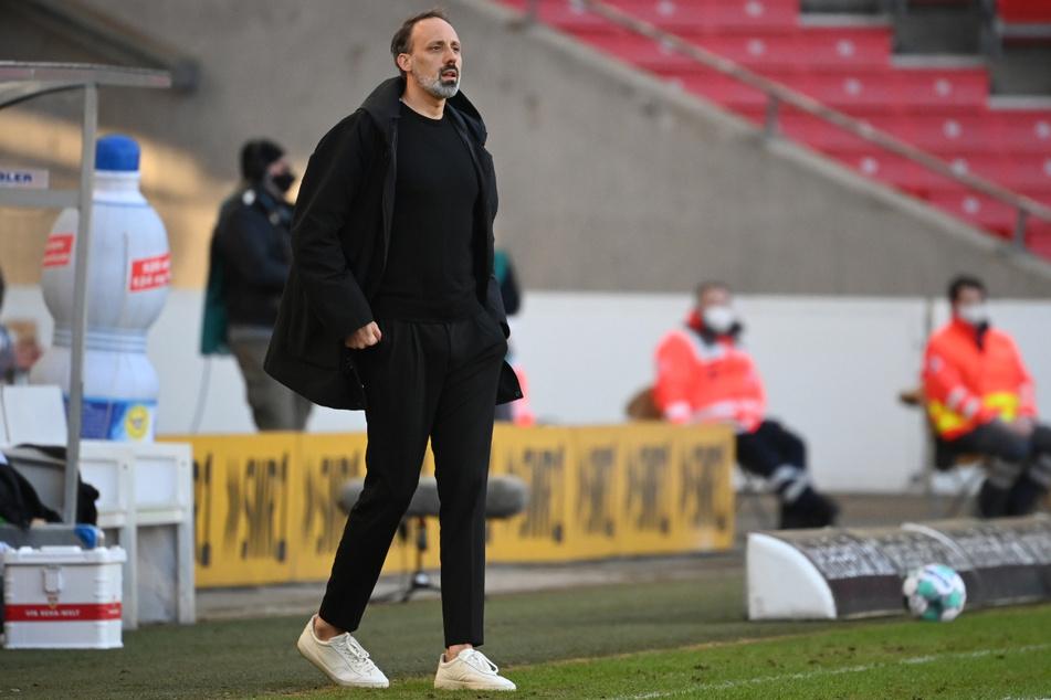 VfB-Trainer Pellegrino Matarazzo (43) geht davon aus, dass er mit seinem Team den Klassenerhalt schafft.