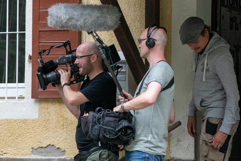 """Die Bauarbeiten wurden von einem Kamerateam der Vox-Sendung """"Harte Hunde"""" begleitet."""