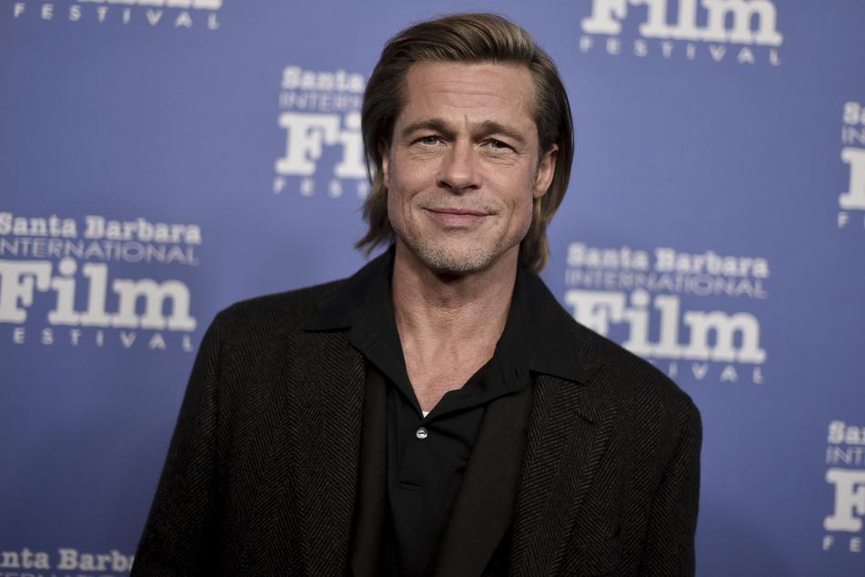 Brad Pitt (56) vergnügt sich aktuell im Frankreich-Urlaub mit dem deutschen Model.