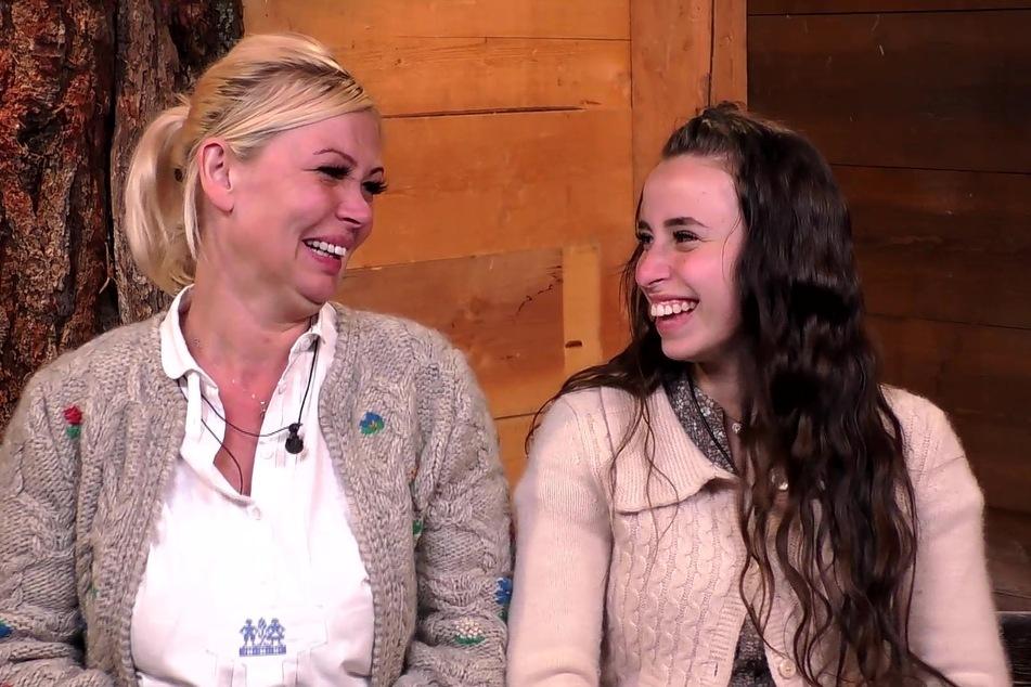 Raus im Halbfinale und trotzdem happy: Vivian (l.) und Siria.