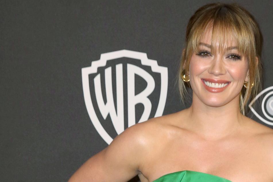 """Hilary Duff """"wächst"""": Auf Instagram zeigt sie ihren kleinen Baby-Bauch!"""