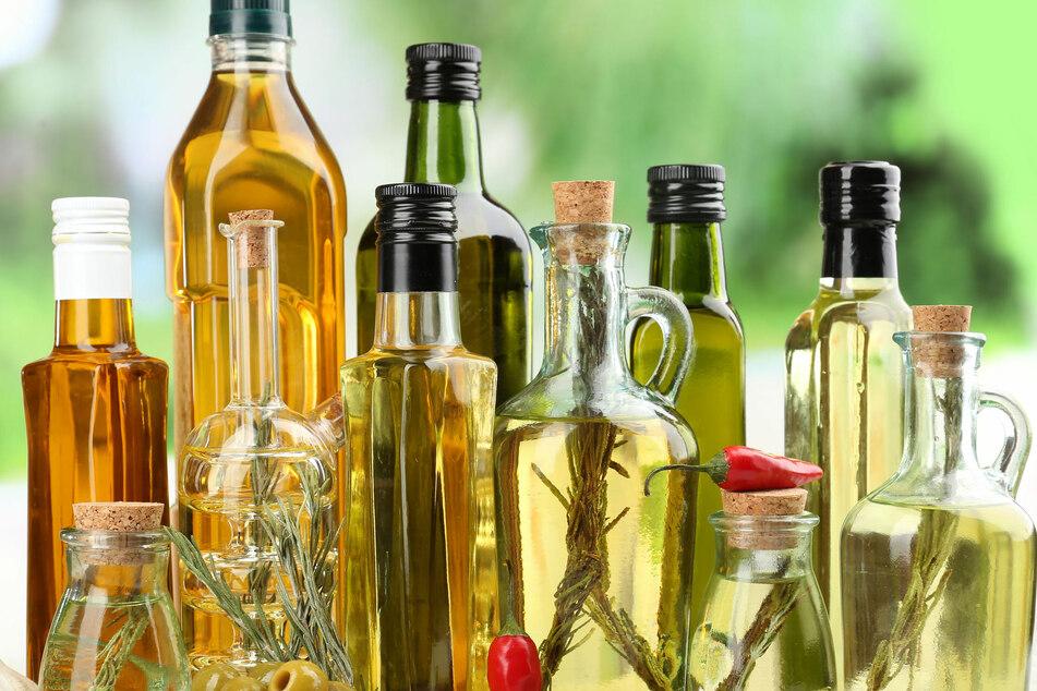 Viele erhitzen das falsche Speiseöl beim Kochen und Braten – das ist gesundheitsschädlich.