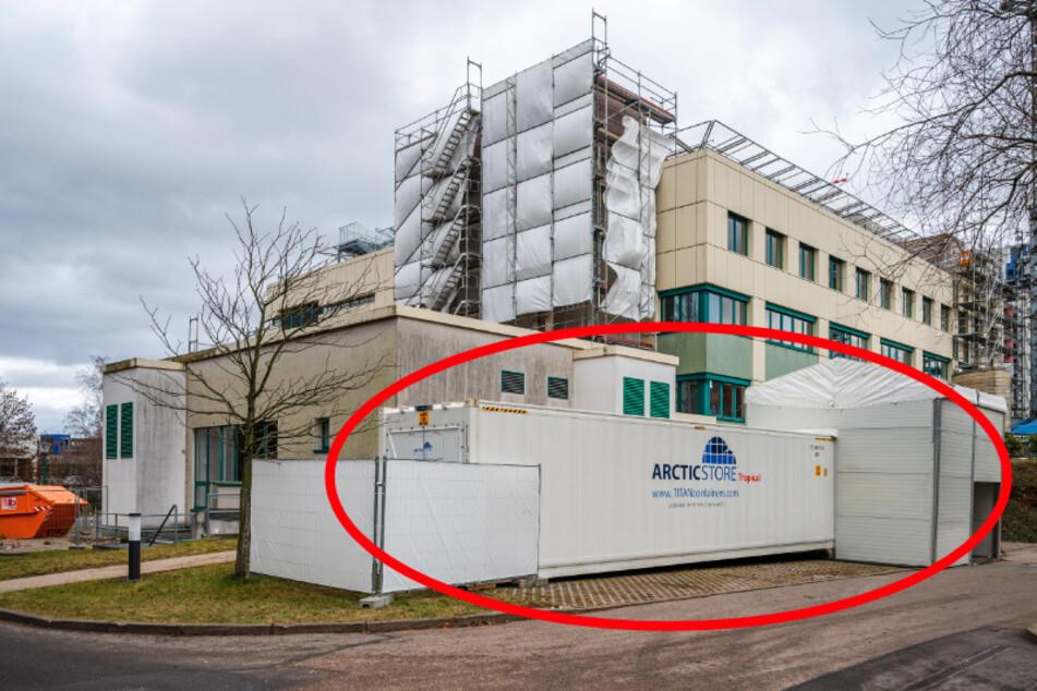 Chemnitz: Krematorium überfüllt! Klinikum Chemnitz lagert Corona-Tote jetzt im Kühlcontainer