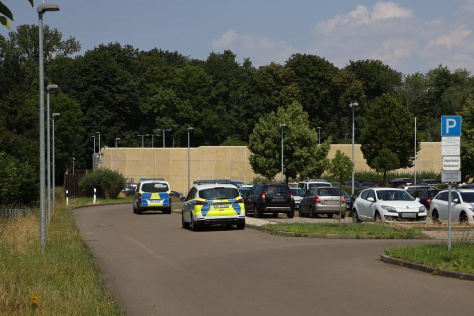Die Polizei fahndete am Freitag nach einem flüchtigen Häftling.
