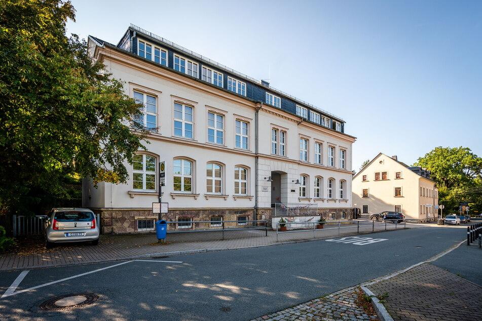 Die Grundschule Adelsberg soll für 4,4 Millionen Euro saniert und erweitert werden.