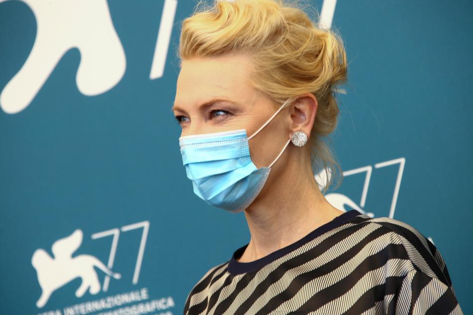 Cate Blanchett (51), Jury-Präsidentin und Schauspielerin aus den USA, nimmt an einem Fototermin der Jury anlässlich der 77. Internationalen Filmfestspiele von Venedig teil.