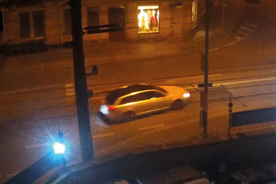 Bei der Flucht war der Wagen weiß.