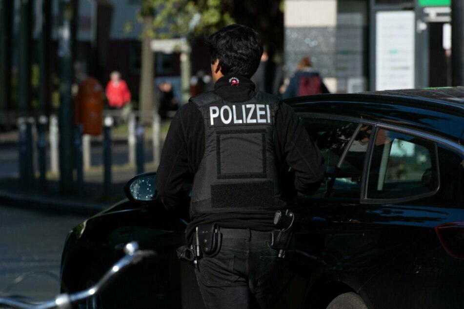 Berliner Polizei zieht Drogen-Taxi aus dem Verkehr: Am Steuer sitzt ein Mitarbeiter