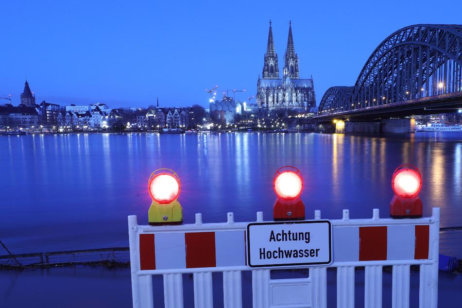 Köln baut Hochwasserschutz auf: Bis zu diesem Pegelstand ist die Stadt sicher