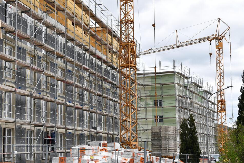 In Sachsen wird fleißig gebaut. Doch nicht jeder kann sich die teure Neumiete leisten. Die Mietpreisbremse soll das ändern.