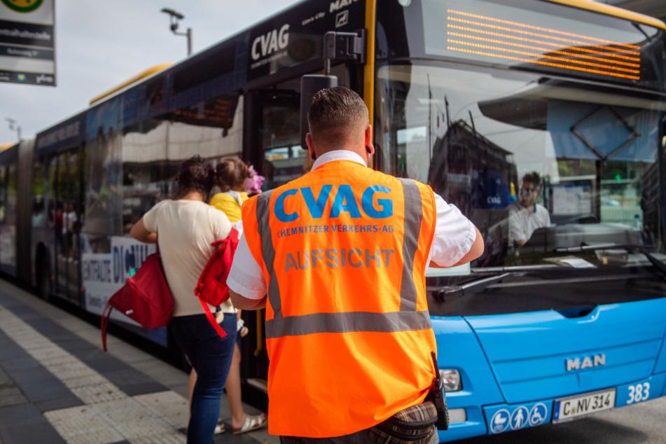 Machen zur Not vom Hausrecht Gebrauch: Bei Bedeckungs-Verweigerung können die CVAG-Mitarbeiter durchgreifen.