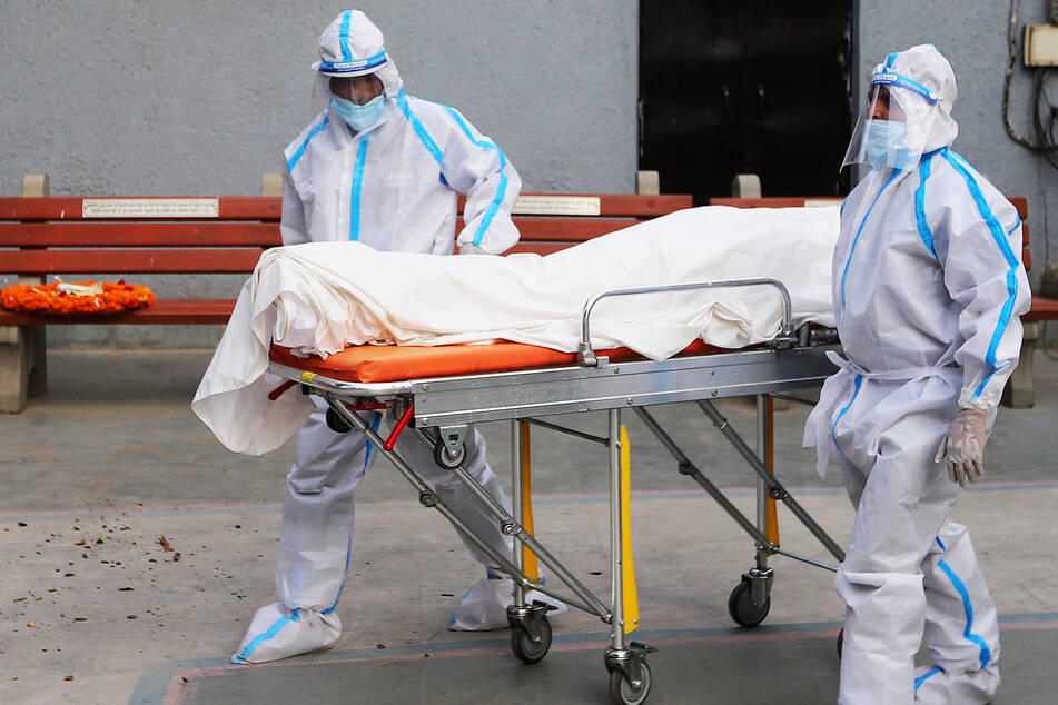 Aufnahmeprüfung für Studenten-Verbindung eskaliert: 20-Jähriger stirbt an Alkoholvergiftung!