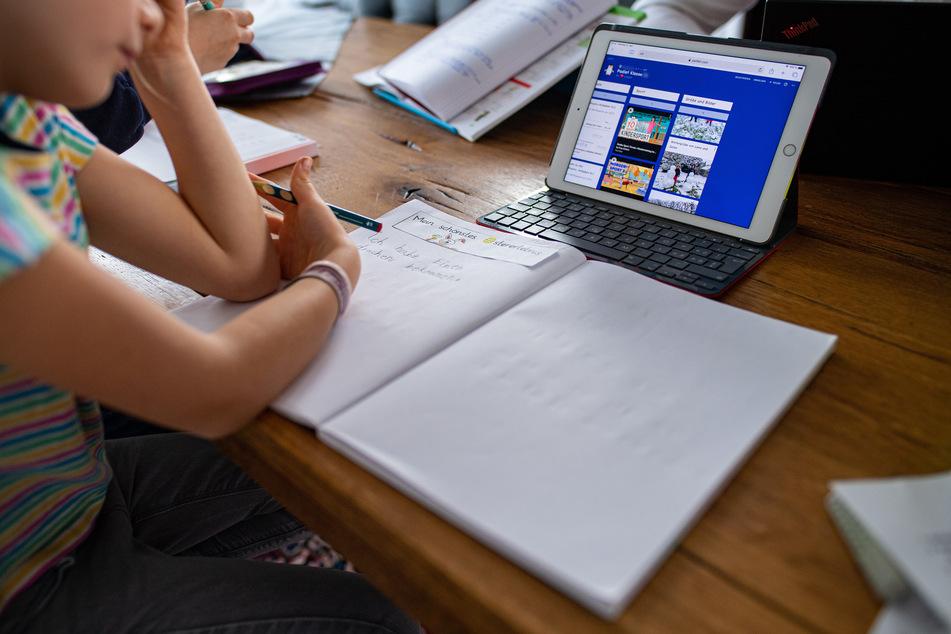 Die Delta-Variante bedroht den Präsenzunterricht. Eine Rückkehr zum Homeschooling ist nicht ausgeschlossen.