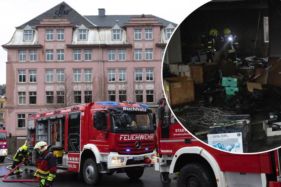"""Brandstiftung? """"Lost Place"""" im Erzgebirge in Flammen"""