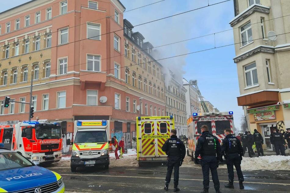 In einem Mehrfamilienhaus an der Neustädter Straße ist es am Samstag zu einem Brand gekommen.
