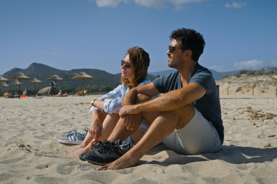 Eine Auszeit auf Sardinien soll die Beziehung retten.