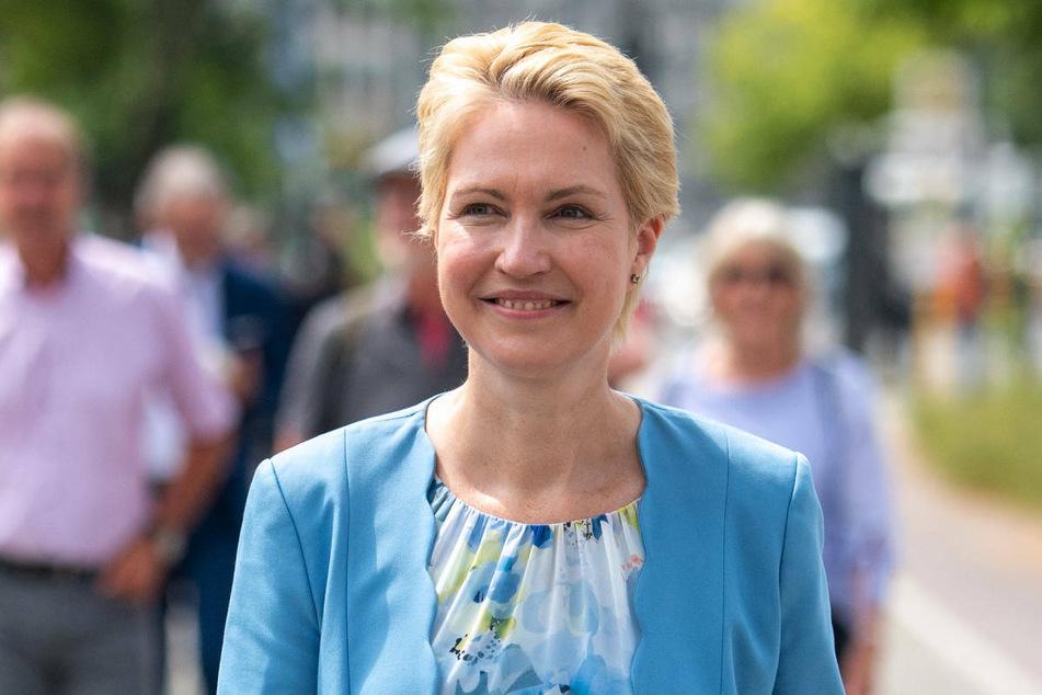Mecklenburg-Vorpommerns Ministerpräsidentin Manuela Schwesig (47, SPD) wird am Montag zur Grundsteinlegung am Königsstuhl erwartet.