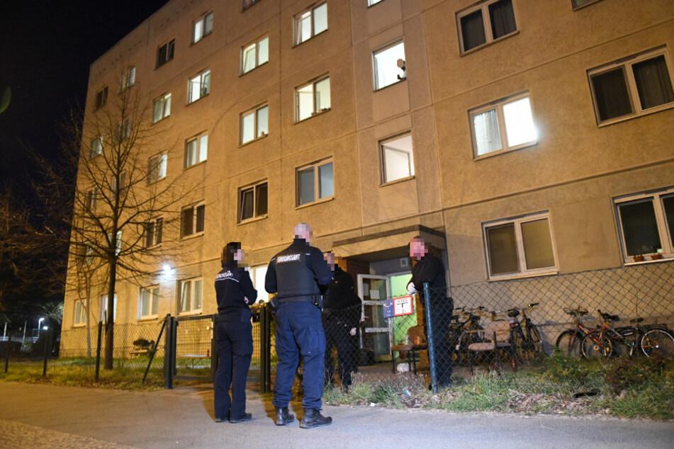 Nach Brandalarm im Flüchtlingsheim: 43 Polizisten sollen in Quarantäne