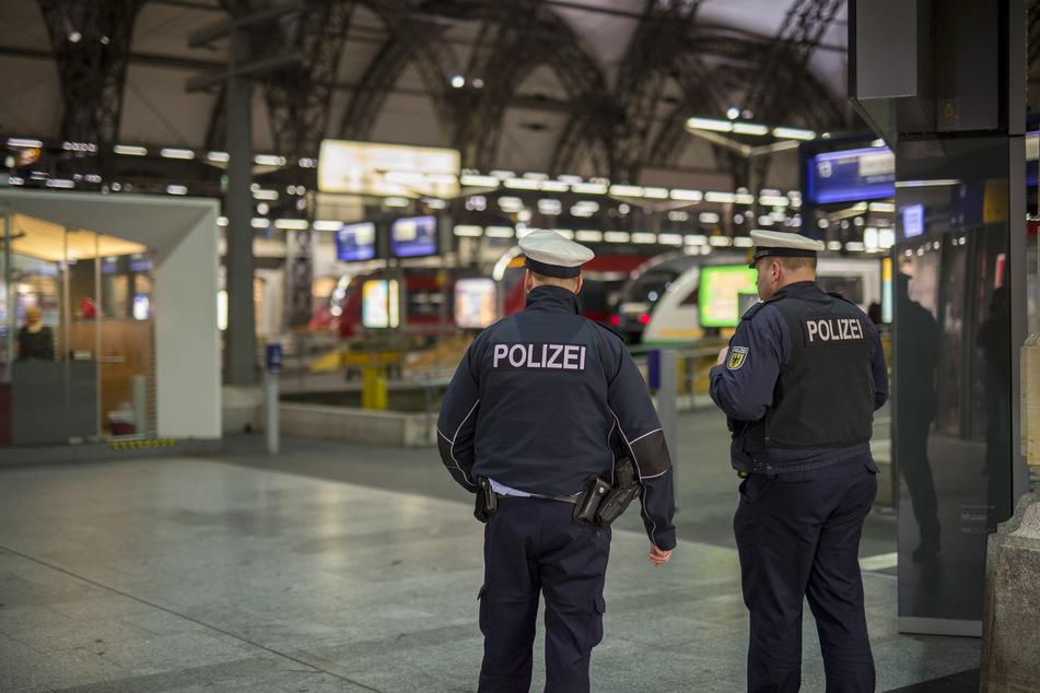 Die Bundespolizei am Dresdner Hauptbahnhof machte eine tierische Entdeckung. (Archivbild)