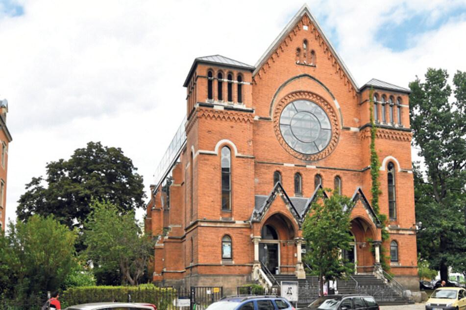 Der Theaterverein soll zum Ende des Jahres die Kirchenruine räumen.
