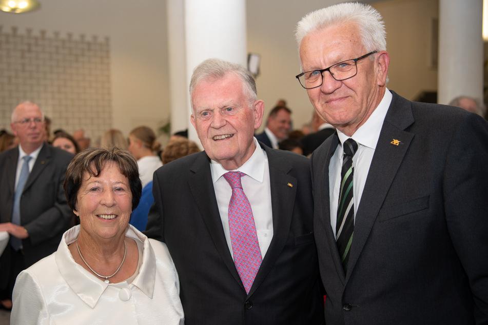 September 2019: Edeltraud Teufel nebst ihrem Mann Erwin (81, Mitte) und Ministerpräsident Winfried Kretschmann (72).