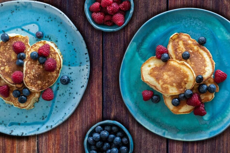 Bananen Pancakes sind eine super leckere Möglichkeit, überreife Bananen verwerten zu können.