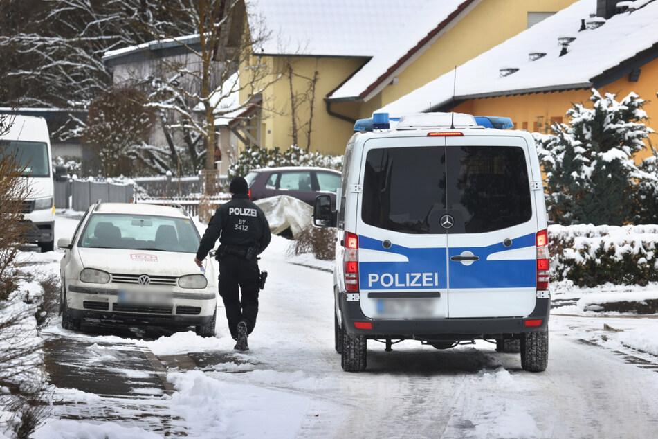 13-Jährige tot in einer Güllegrube gefunden: Riesiges Polizeiaufgebot nach Schreckens-Mord