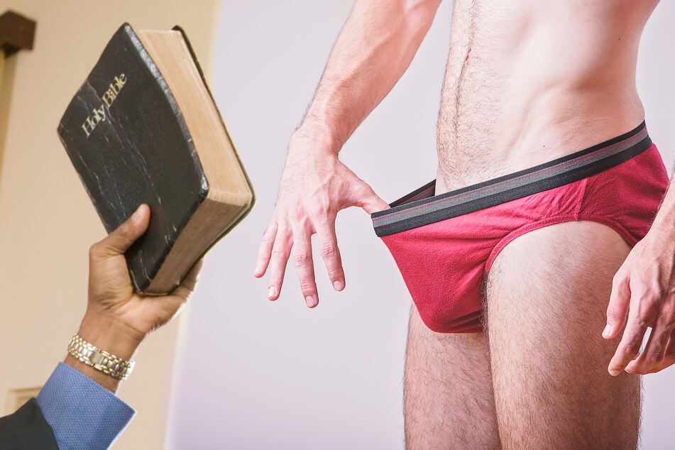 New study suggests link between devoutly Christian areas and Googling penis sizes