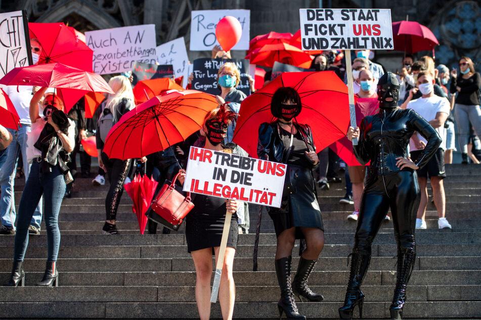 Leben im Rotlichtviertel: Prostituierte protestieren gegen Corona-Maßnahmen