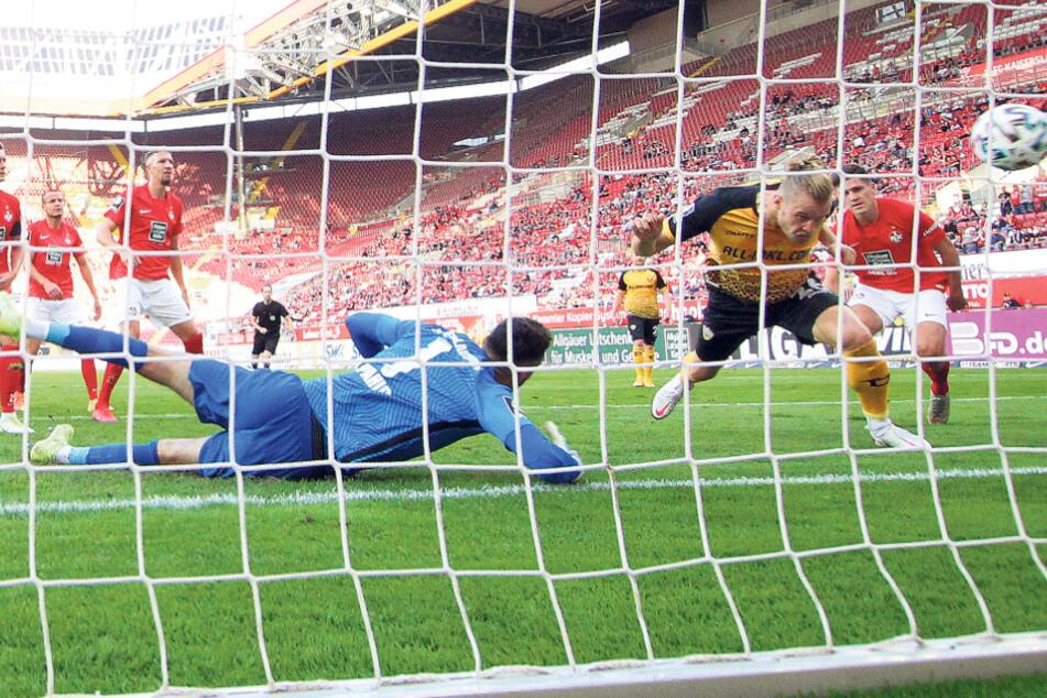 Zwei Tore, zwei Siege in vier Spielen auswärts. Der Siegtreffer von Sebastian Mai (r.) in Kaiserslautern läutete die Saison ein. Ein weiteres Tor gelang in Lübeck, auch hier hieß es 1:0.