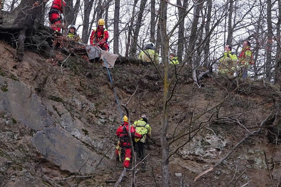 Eine der beiden Frauen war an der Felswand in Not geraten.
