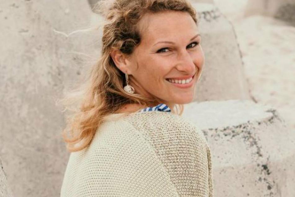 Janni Hönscheid (30) es a menudo el blanco inesperado del odio y la crítica.