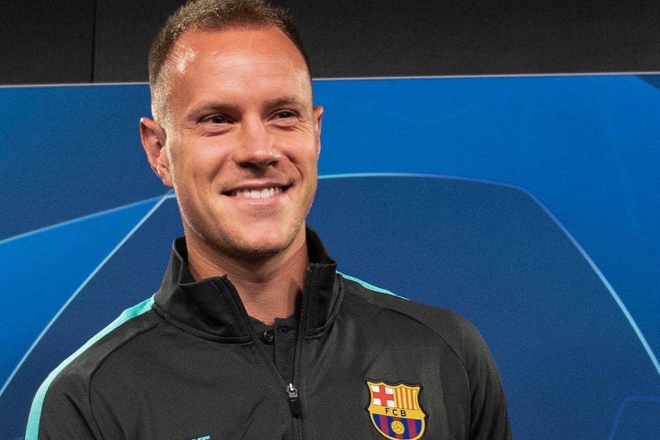 Der deutsche Nationalkeeper Marc-Andre ter Stegen nimmt mit dem FC Barcelona die Saison wieder auf. Die Katalanen führen die Tabelle an.