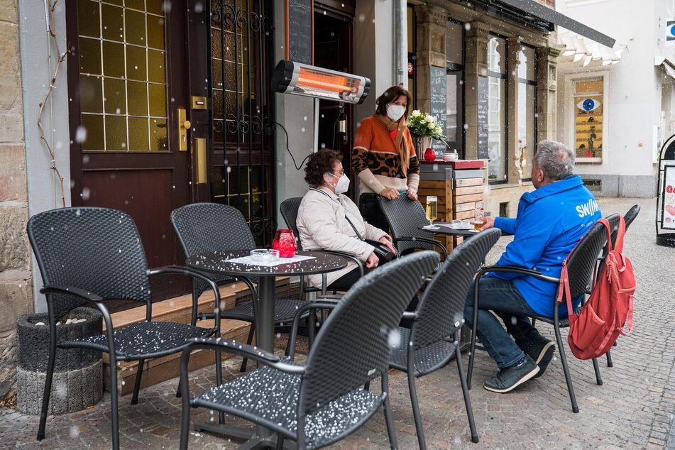 Seit dem heutigen Dienstag dürfen Gastronomen im Rahmen des Saarland Modells unter Auflagen ihre Außengastronomie wieder öffnen.