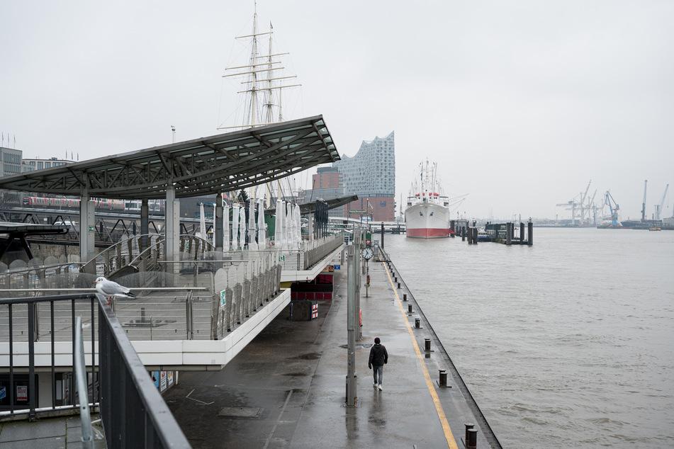 In Hamburg sind am Samstag 170 neue Corona-Infektionen gemeldet worden. (Symbolbild)
