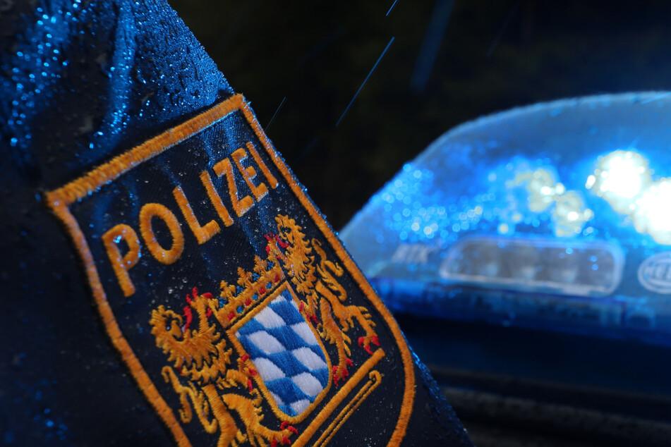 Der Mann ließ sich widerstandslos von der Polizei festnehmen. (Symbolbild)