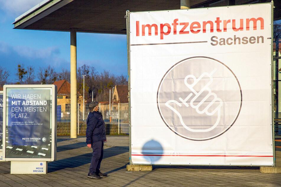 Das Impfzentrum Dresden im Messegelände der Stadt.