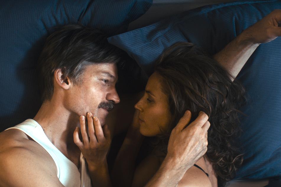 Seiner Frau Lærke (Tuva Novotny) erzählt Max nichts von seinem Vorhaben, sich umzubringen.